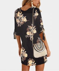 Kurzes Kleid Hippie Stil Blume